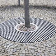 Приствольная решетка «Алегра круглая»